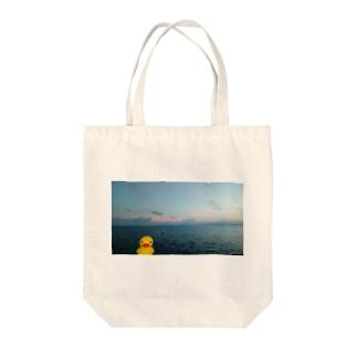 金魚の旅行 Tote bags