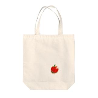 トマトか?リンゴ?それともトマトか。 Tote bags