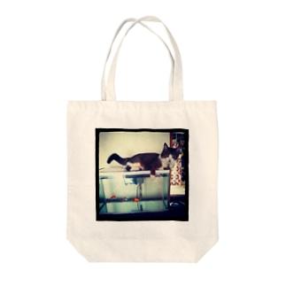 金魚としまさん Tote bags