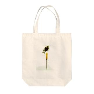 n-line Tote bags