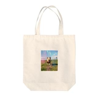 虹のとんこつ Tote bags