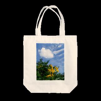 hiroki-naraの菊芋と空と雲 DATA_P_134 sky cloud Tote bags