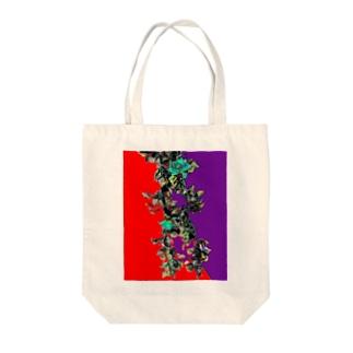 つるバラ Tote bags
