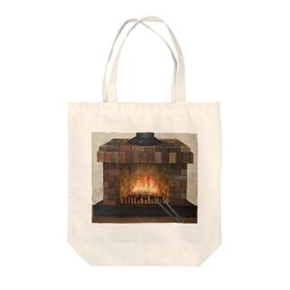 暖炉 Tote bags