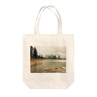 世界のビーチ オーストラリア Tote bags