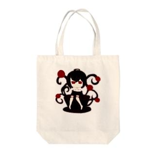 カップの女の子 Tote bags