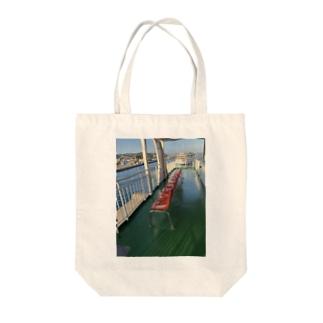 桜島フェリーのイス Tote bags