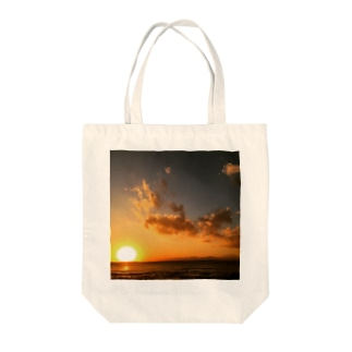 Under the Sun Tote bags