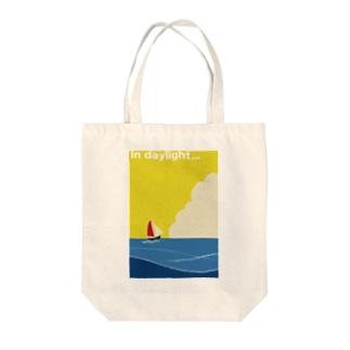 昼の海 Tote bags