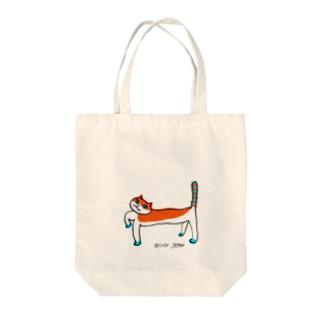 オレンジねこさん Tote bags