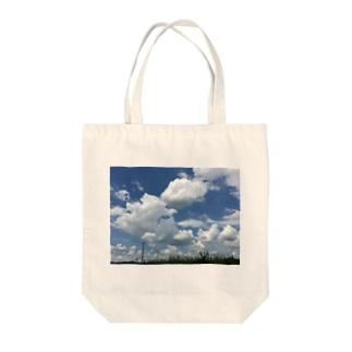 夏空 Tote bags