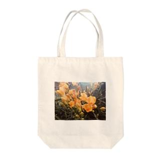 黄色いお花のものがたり Tote bags