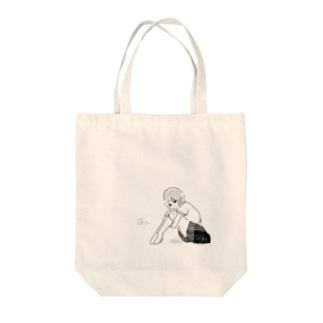 @ y _ Tote bags