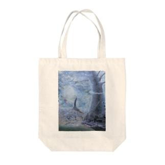 塔のある風景 Tote bags