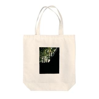 『屋内監禁型』 Tote bags