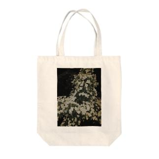 ヤマボウシ Tote bags