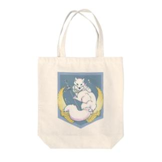 ホッキョクギツネ Tote bags
