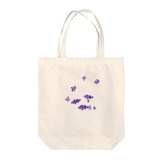 魚 カクレクマノミ Tote bags