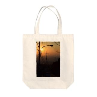 朝焼けの西宮 Tote bags