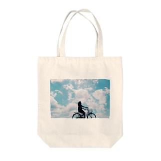 空を漕ぐ Tote bags