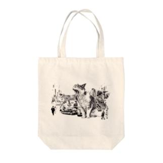 巨大化ねこ☆ Tote bags