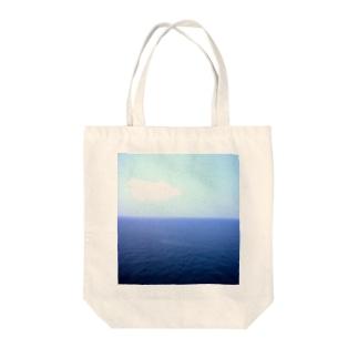 水平線 Tote bags