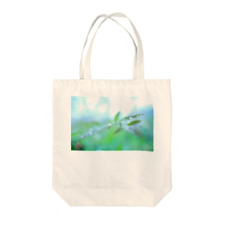 淡緑の潤い トートバッグ