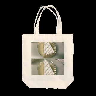 momoka nakazawaのレモンパイの美学 Tote bags