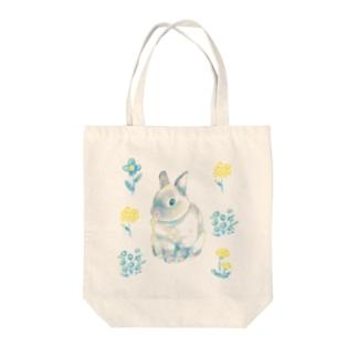 Usagi Kawaiiのお花とうさぎさん Tote bags