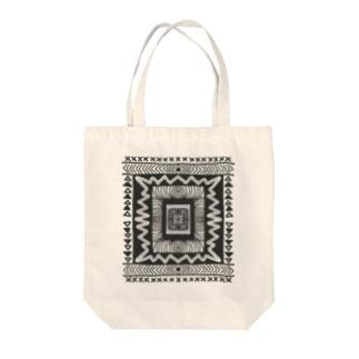 幾何学模様 Tote bags