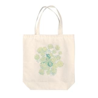 kiku Tote bags