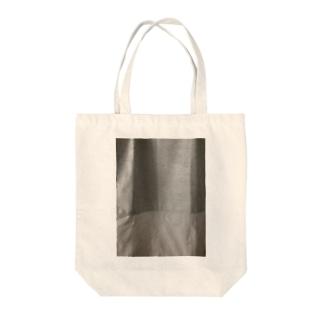 カーテン Tote bags