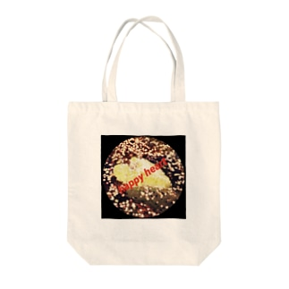 happy heart Tote bags