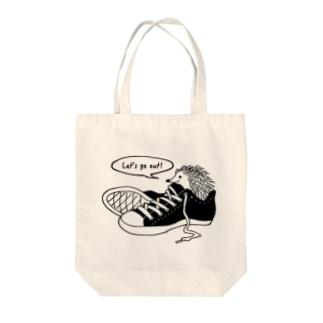 ハリネズミとおでかけ Tote bags