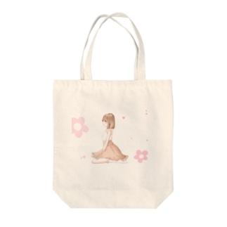 ふわ Tote bags