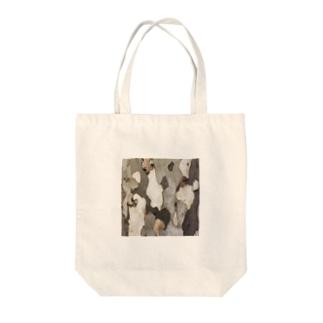 木の表面 Tote bags