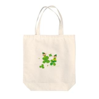 四葉のクローバー Tote bags