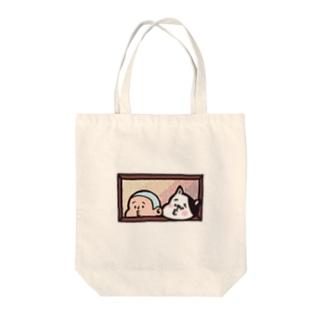 びぃ助と犬の窓からひょっこり Tote bags