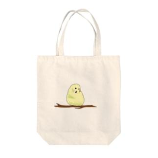 木の上のけいちゃん Tote bags