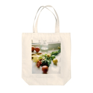 bfs art - fruits Tote bags
