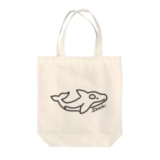 こわいよシャチちゃん Tote bags