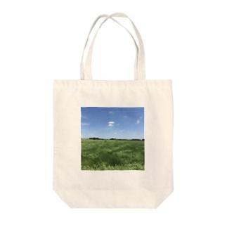 伸びてきた稲と空 Tote bags