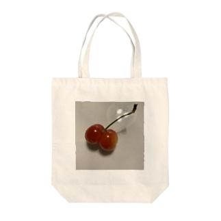 プリプリさくらんぼ Tote bags