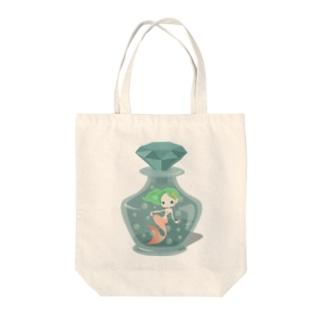 人魚ちゃん Tote bags