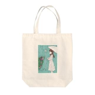 6月生まれの女の子 Tote bags