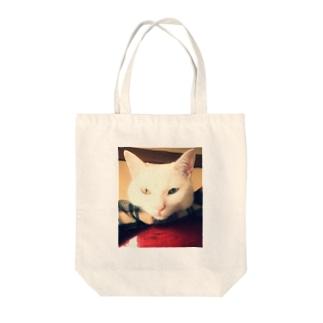 白猫ぎんくん Tote bags