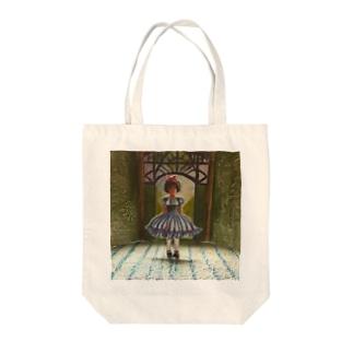 お人形劇場 Tote bags