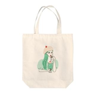 CREAM SODA GIRL Tote bags