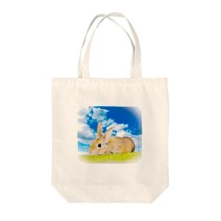 でんせつの巨大うさぎ(淡色用) Tote bags