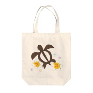 ホヌとプルメリア Tote bags